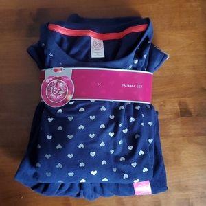 So pajama set  color navy blue size xl.